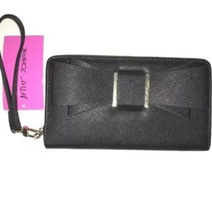 Betsey Johnson Bags - Betsey Johnson black and silver bow wristlet